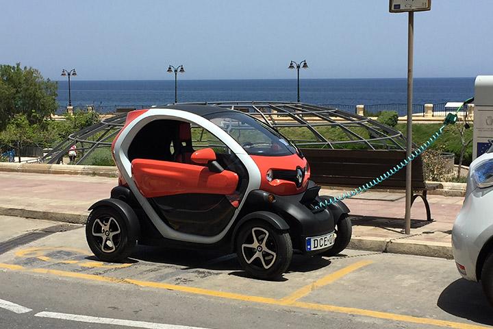 Renault Twizzy - European Schuko EV Charging Adapter