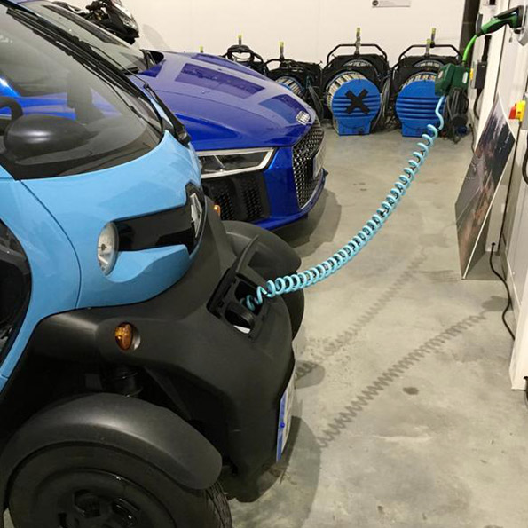 Renault Twizy Charging using SYMPHONY EV-ZE Adapter